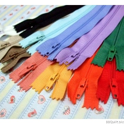 SBS Standard #3v Nylon coil zipper 20cm 12colours