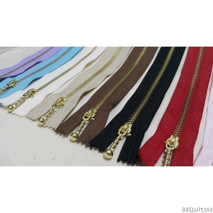 """#3 Golden color Brass Zippers