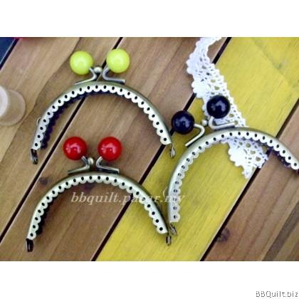 8.5cm Antique Bronze Lace Edge Half Round Purse Frame with Color Beads 3 Colors