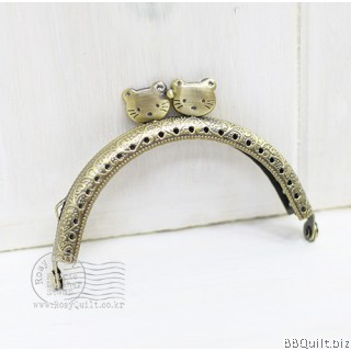 8.5cm Antique Bronze Kitty Head Closure|Half Round Purse Frame
