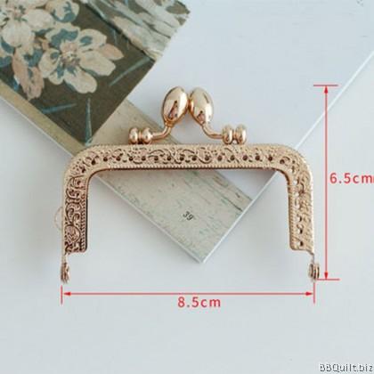 8.5cm/10.5cm Light Gold Rectangular Purse Frame Teardrop Kiss-lock closures